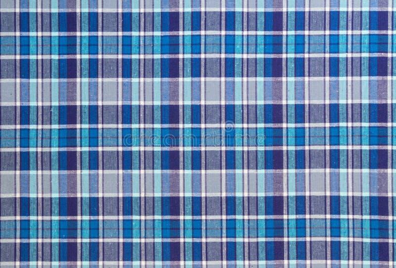 Фланель, хлопок в классическую шотландскую клетку как предпосылка ткани стоковые фотографии rf