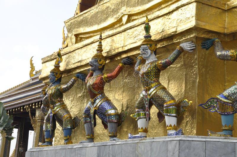 Фланк Таиланда 3 титанов гигантский стоковое изображение
