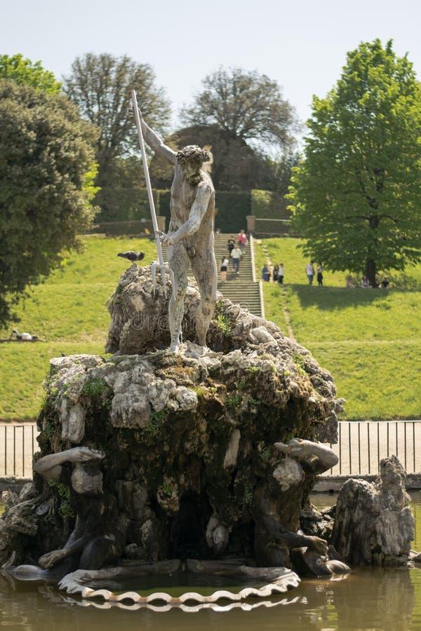 Флоренс, Италия - 23-ье апреля 2018: фонтан Neptune's в садах Boboli стоковая фотография rf