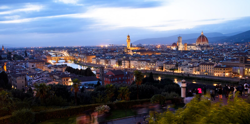 Флоренс на ноче в осени стоковое изображение rf