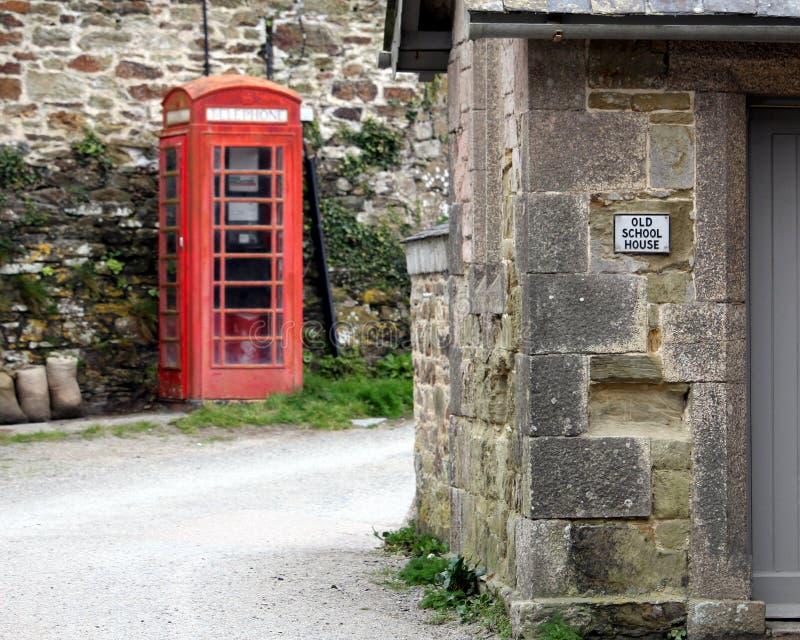 Фолмут, Корнуолл, Великобритания - 12-ое апреля 2018: Каменное featurin здания стоковые фотографии rf