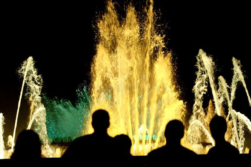 фонтаны цвета стоковые фотографии rf