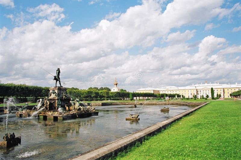 фонтаны стоковые фотографии rf