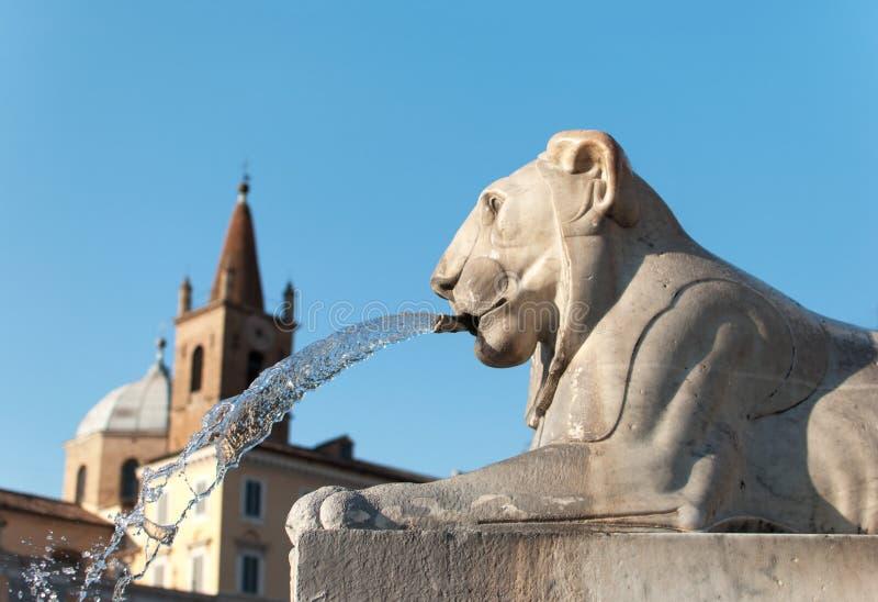 Фонтан Аркады del Popolo, Рим стоковые изображения rf