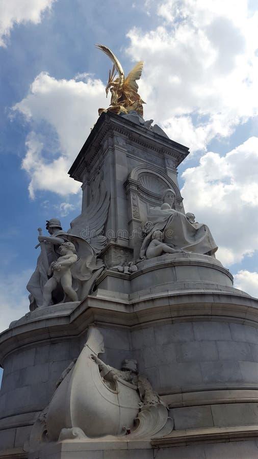 Фонтан Букингемского дворца стоковое фото