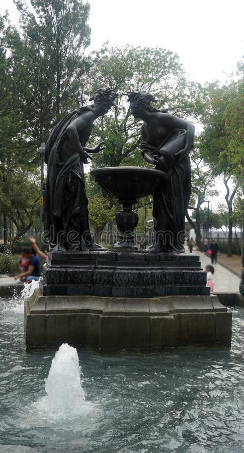 Фонтан в Мехико стоковое изображение rf