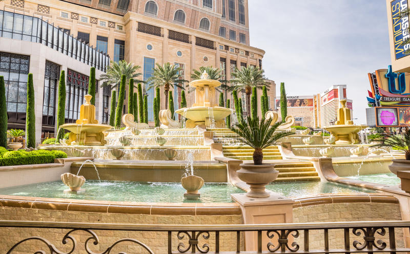 Фонтан гостиницы и казино Palazzo стоковые изображения