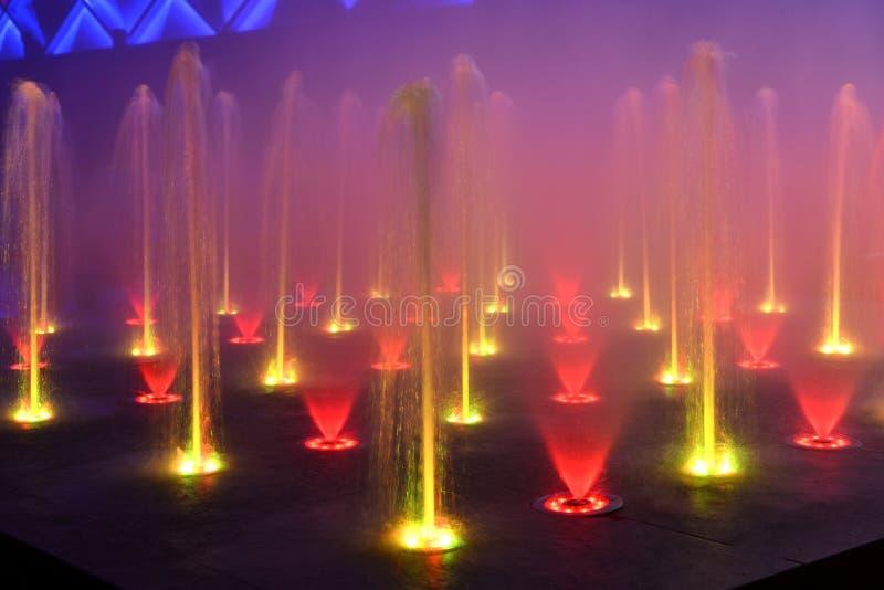 Фонтан музыки, фонтан петь стоковая фотография