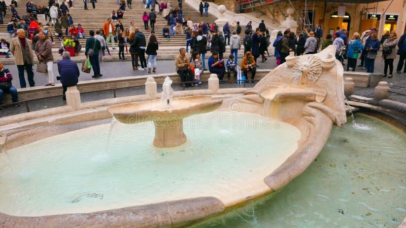 Download Фонтан на аркаде Spagna на испанском языке шагает в Рим Редакционное Фото - изображение насчитывающей итальянско, rome: 81809411