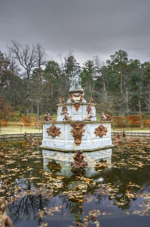 Фонтан на садах La Granja de san Ildefonso. стоковая фотография rf