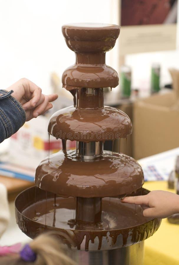 фонтан шоколада стоковое изображение rf