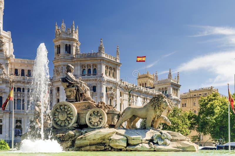 Фонтан Cibeles в Мадриде, Испании стоковая фотография rf