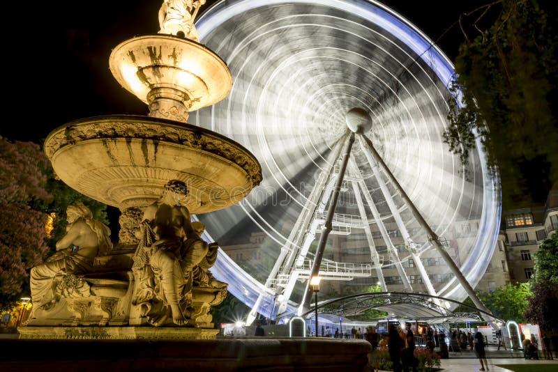 Фонтан Danubius и глаз Sziget, Будапешт, Венгрия стоковое изображение