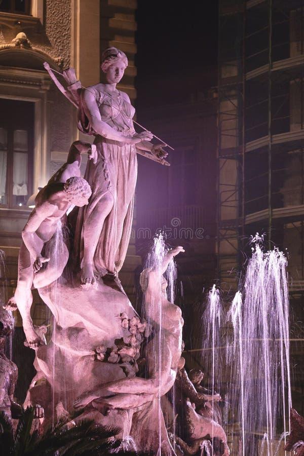 фонтан diana стоковая фотография rf