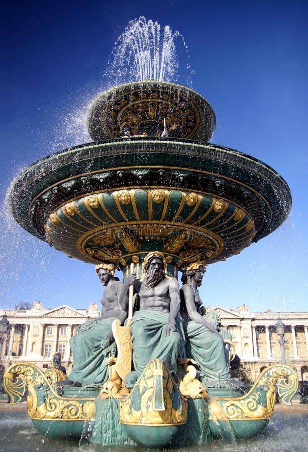 фонтан paris стоковая фотография rf