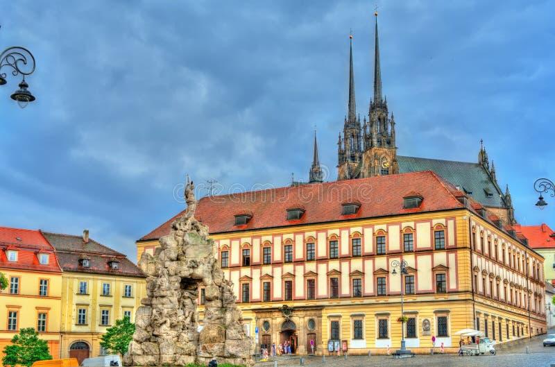 Фонтан Parnas на квадрате trh Zerny в старом городке Брна, чехии стоковое фото
