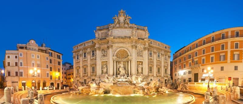 Фонтан Trevi, Рим стоковые изображения