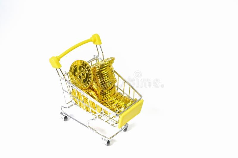 Фон электронной валюты монетки Bitcoin белый стоковые изображения