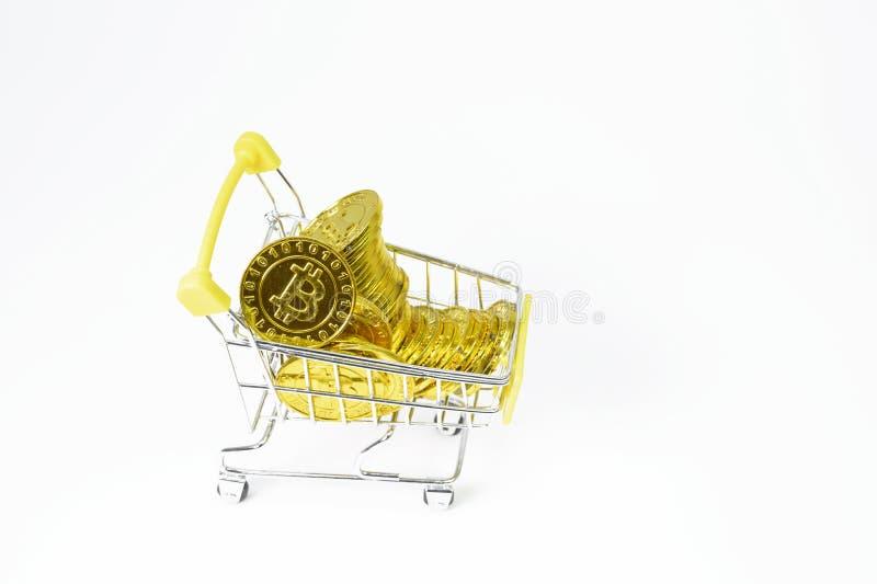 Фон электронной валюты монетки Bitcoin белый стоковая фотография