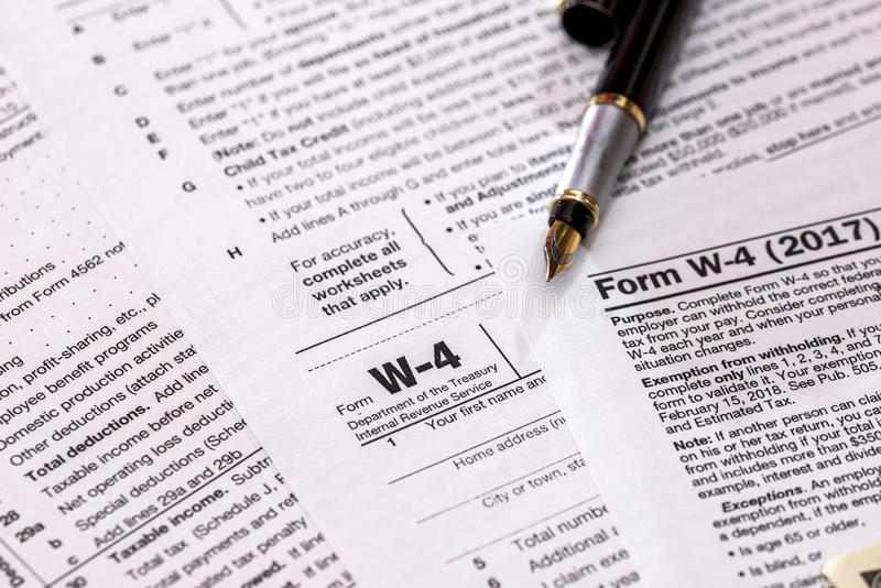 форма налоговой декларации корпоративного налога - 1120 стоковые фотографии rf