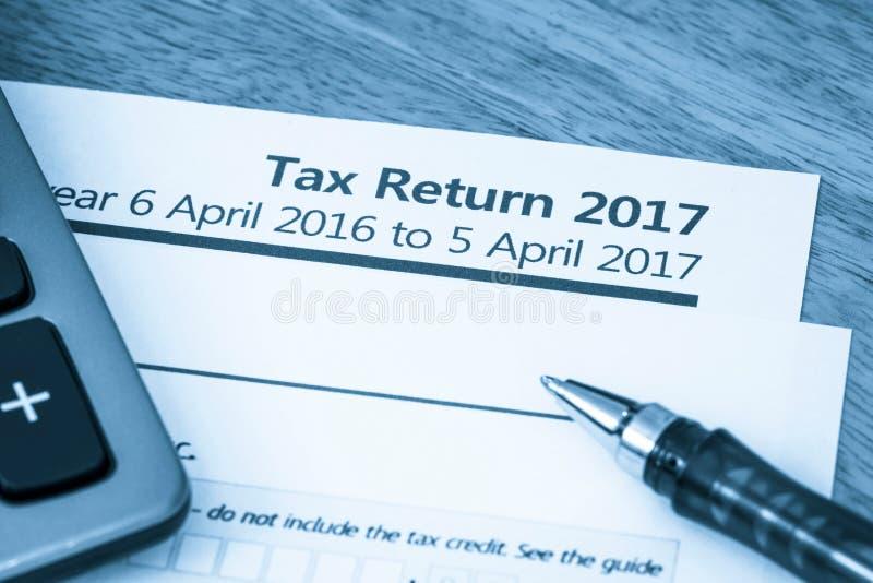 Форма 2017 налоговой декларации стоковые изображения rf