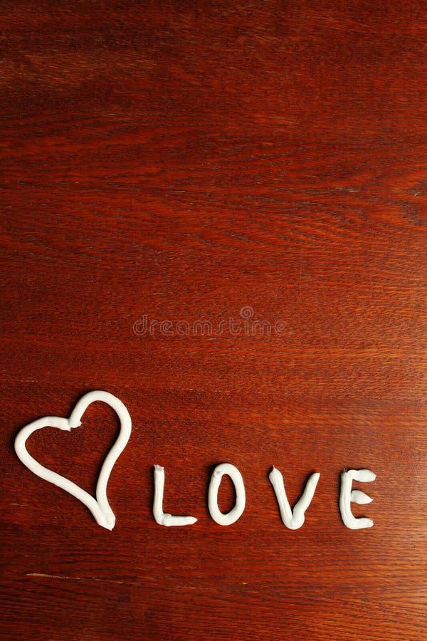 Форма сердца от сливк стоковое фото rf