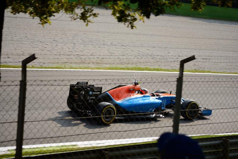 Формула 1 гонок поместья на Монце управляемой Esteban Ocon стоковое фото