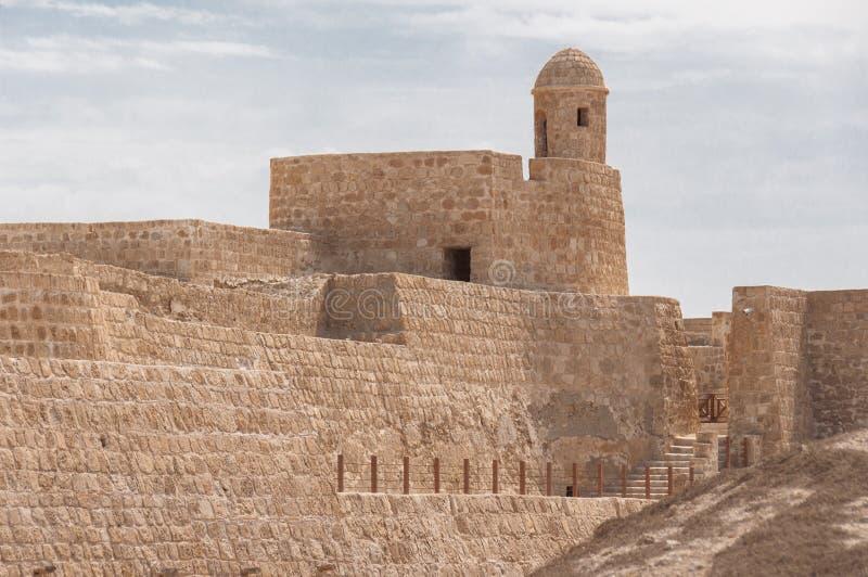Форт Бахрейна Al Qal'At, остров Бахрейна стоковые изображения