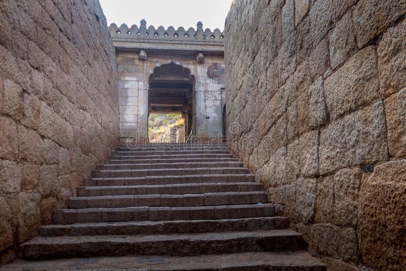 Форт на архитектуре karnataka chitradurga стоковые фотографии rf