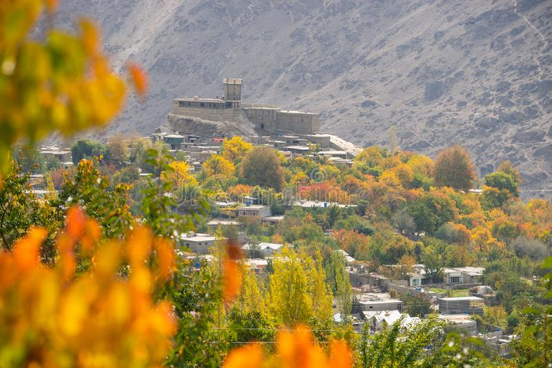Форт Altit в долине в сезоне осени, Gilgit Baltistan Hunza, p стоковая фотография