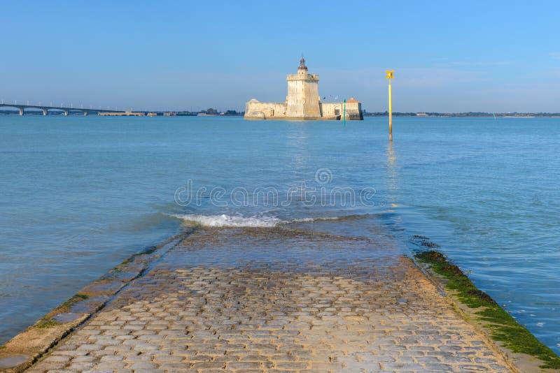 Форт Louvois на полной воде, Франции стоковое фото
