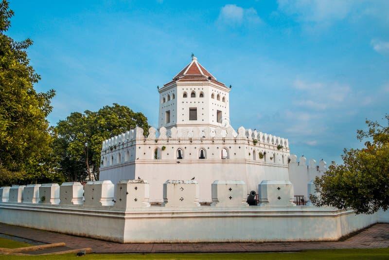 Форт Phra Sumen в парке Santi Chai Prakan Таиланд стоковая фотография