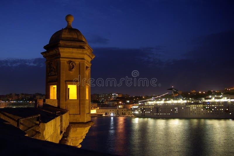 Форт St Michael наблюдательной вышки на ноче стоковое изображение