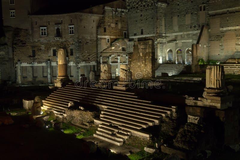 Форум сцены ночи Augustus, итальянский ориентир, Рим стоковые фотографии rf