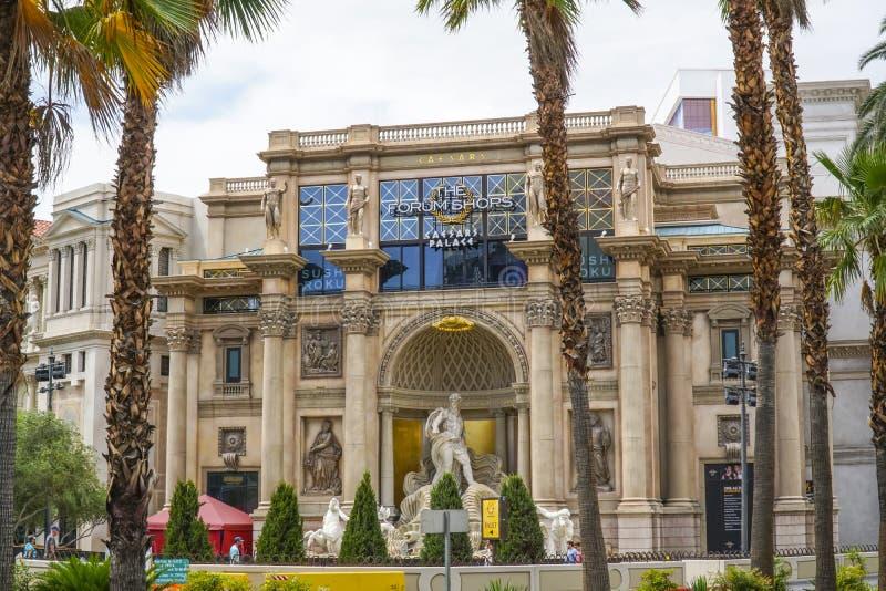 Форум ходит по магазинам на Лас Вегас Боулевард - ЛАС-ВЕГАС - НЕВАДЕ - 23-ье апреля 2017 стоковое изображение rf