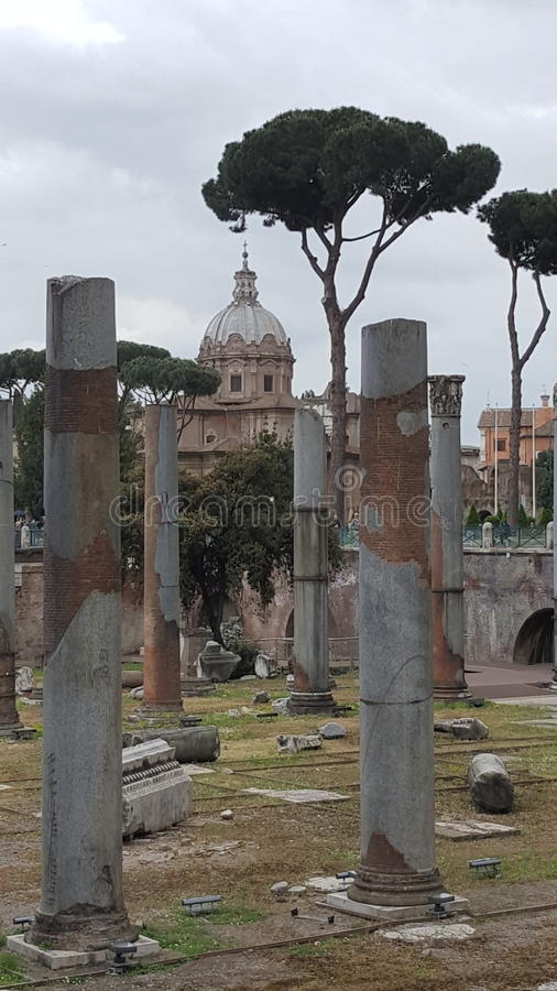 Форум цезаря, Рима, Италии стоковое изображение rf
