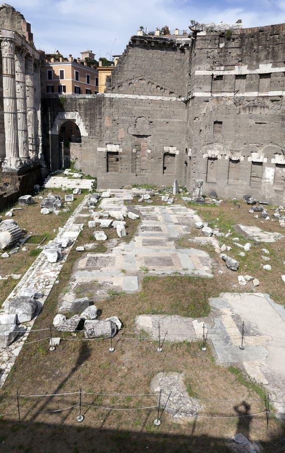 Форум Augustus в Риме, Италии стоковое фото