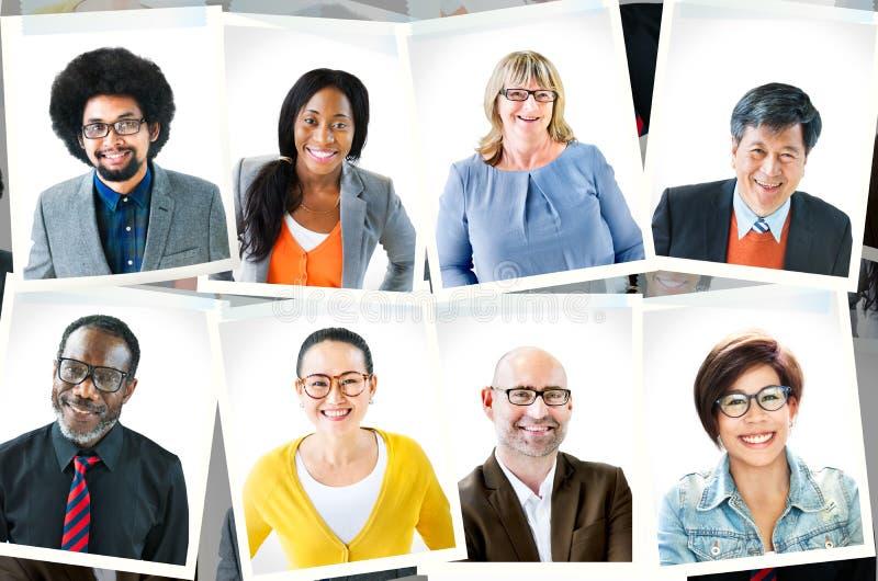 Фотоснимки разнообразной группы людей стоковое фото rf