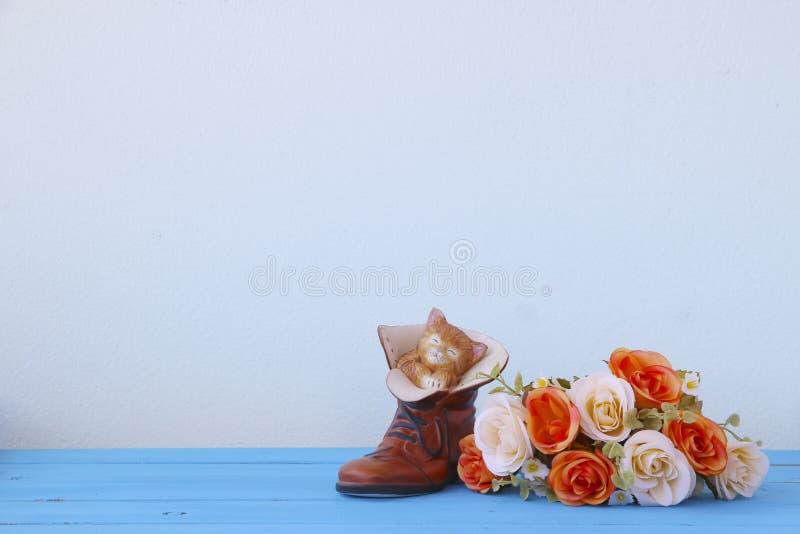 Фото запаса: Красочные декоративные искусственные цветки стоковые фотографии rf