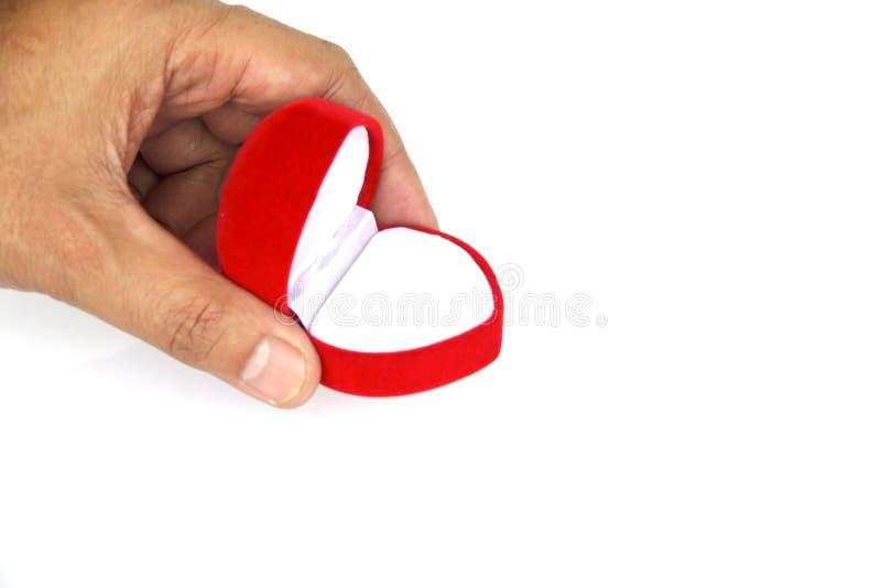 Фото запаса - пустая красная коробка кольца с бриллиантом изолированная на белом backg стоковые фото