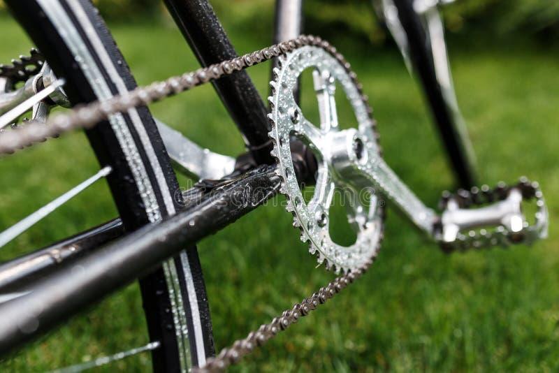 Фото конца-вверх велосипеда классической дороги ретро стоковые изображения