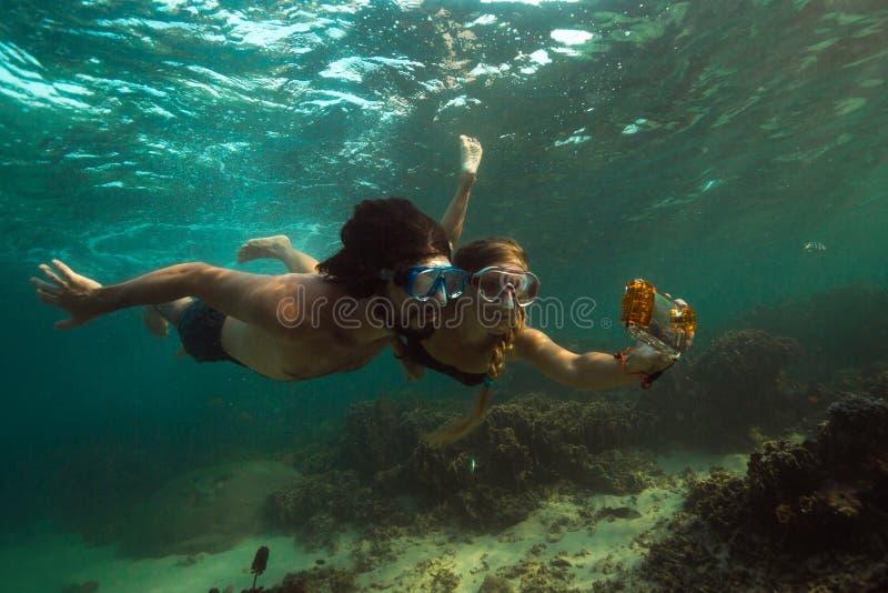 Фото подводное стоковая фотография rf