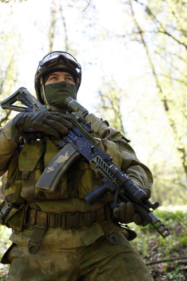 Фото солдата сил специального назначения стоковые фото
