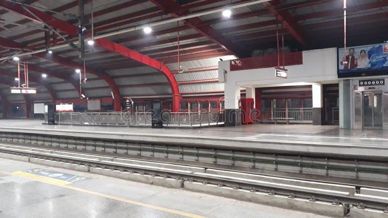 Фото станции метро стоковое изображение