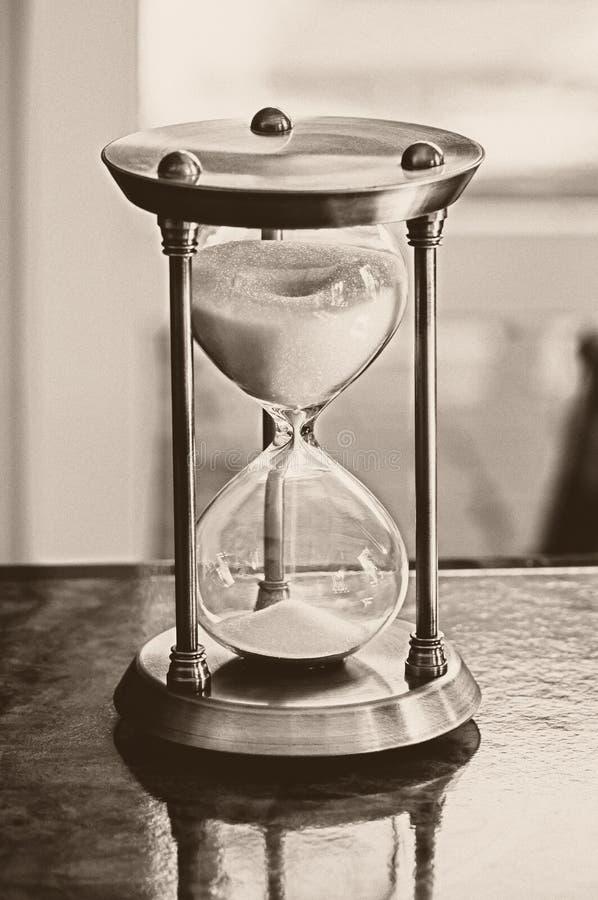 Фото старого стиля часов песка стоковое изображение rf