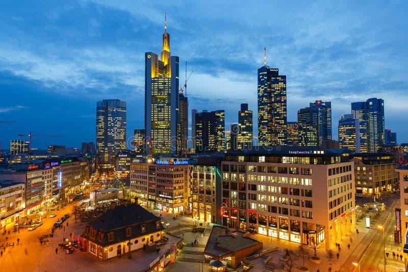 Франкфурт на ноче Редакционное Стоковое Фото
