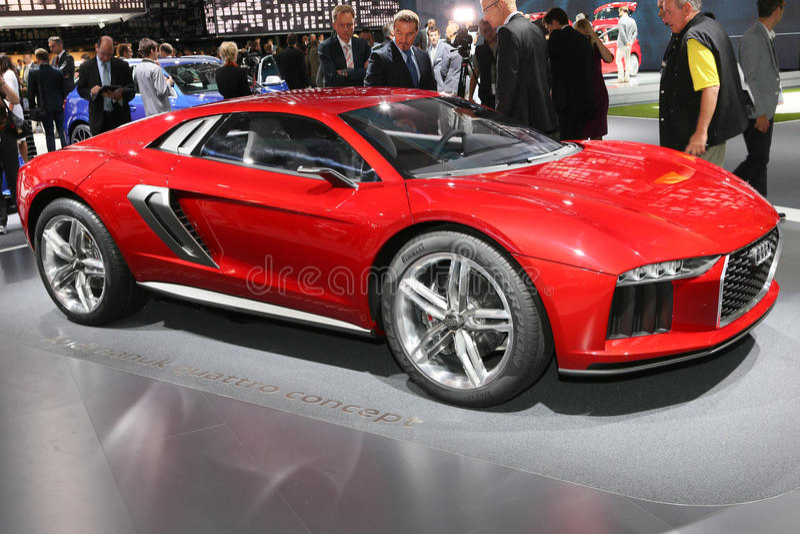 ФРАНКФУРТ - SEPT. 10: Принципиальная схема quattro nanuk Audi показанная на 65t стоковое фото
