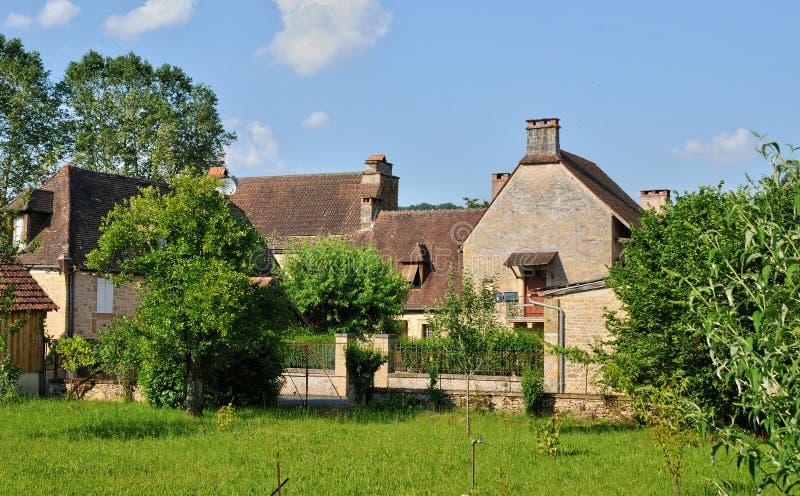 Франция, живописная деревня sur Vezere Леона Святого стоковые изображения