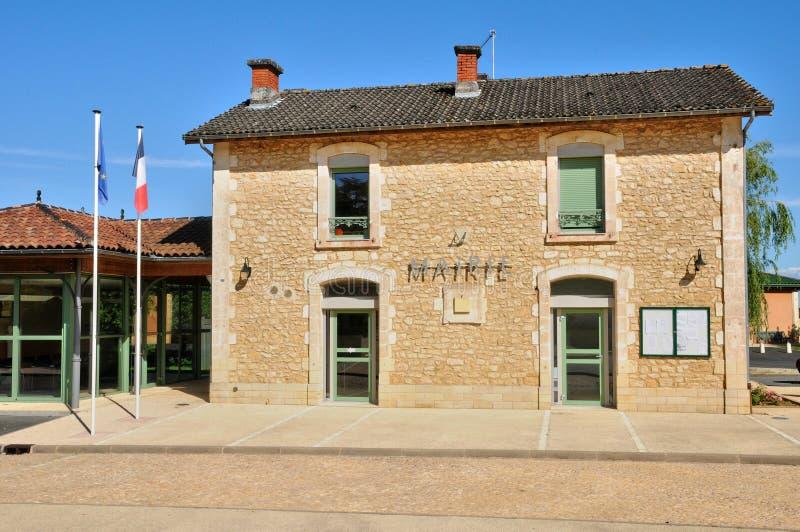 Франция, живописный здание муниципалитет Proissans стоковое фото rf