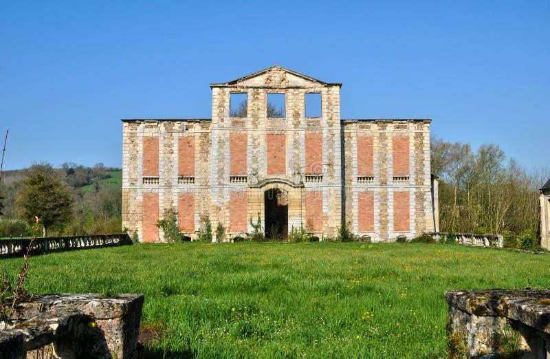 Франция, руина замка Thury Harcourt стоковое изображение rf